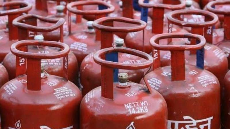 Illegal sales of subsidised LPG still going on in Hyderabad